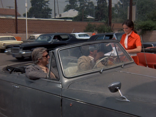 Columbo drive-in.png
