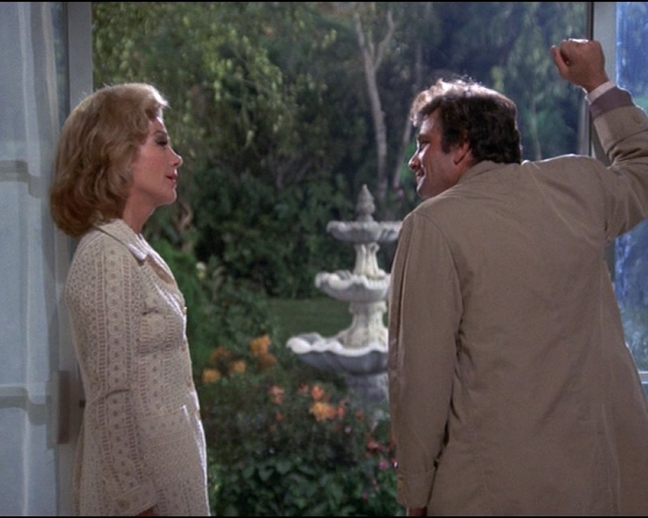 Nora Channdler Columbo Requiem for a Falling Star