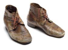 Auction shoes